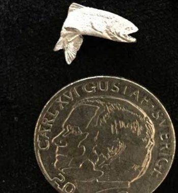 liten hoppande öring tennpin pin articart örjansfiske