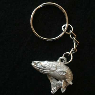 hoppande gädda smycke nyckelring örjansfiske