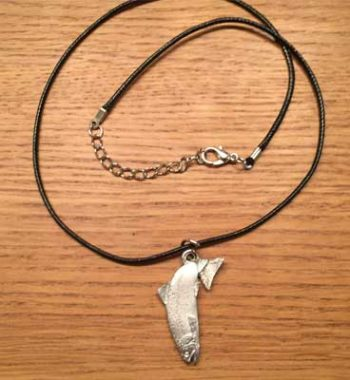 halsband hoppande öring mindre tennsmycke arcticart arcticarts örjansfiske